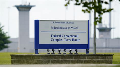 Execution halted for Lisa Montgomery, only woman on US ...