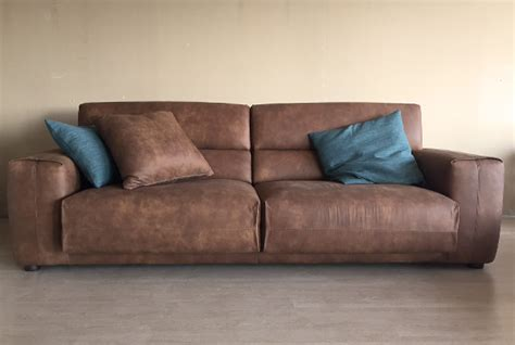 divano in pelle vintage arredamenti su misura vintage country e contemporanei