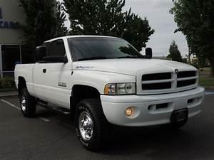 2001 Dodge Ram 2500 Sport    4x4    5 9l Turbo Diesel