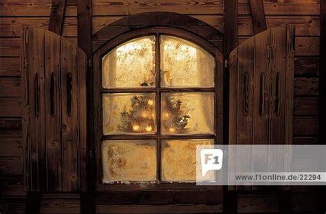Fenster Beleuchtet Mit Weihnachtsdekoration