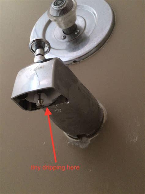 plumbing bath tub spout  drips