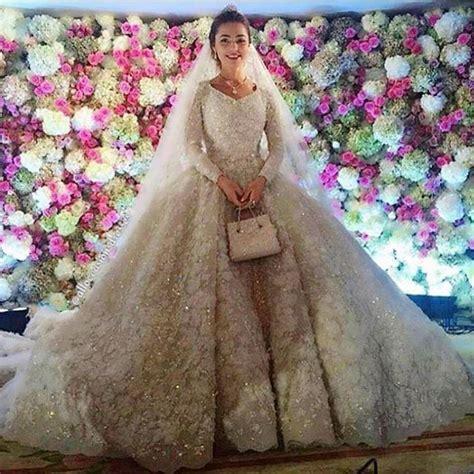 epic  billion wedding  russia  jennifer