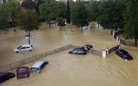 Consolati Ucraini In Italia by C A N E L I B E R O N L I N E Alluvione Di Senigallia Il