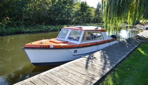 Fishing Boat Hire Southton by Dsc 7251 Riverside Rentals