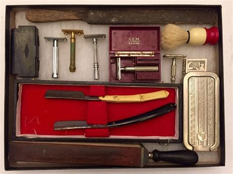 Antique Vintage Barber Shop Shaving Kit Lot Straight Razors Brush Stroppers Old Antique Auctions Dallas Ft Worth Table Decor Wine Bottles Value Modern Furniture Melaka Kitchen Hutch High Back Dining Chairs China Breakfast Sets Theta Show Houston Tx