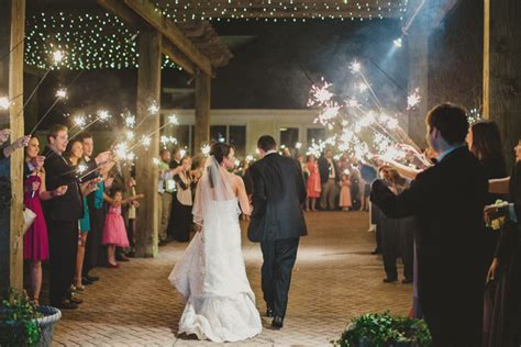 gracious vintage mississippi wedding