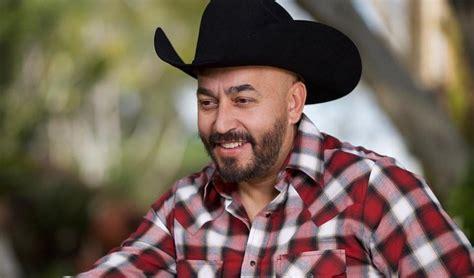 Lupillo rivera was born on january 30, 1972 in la barca, jalisco, mexico as guadalupe rivera. Lupillo Rivera confiesa porqué se divorció de Mayeli Alonso   Show News