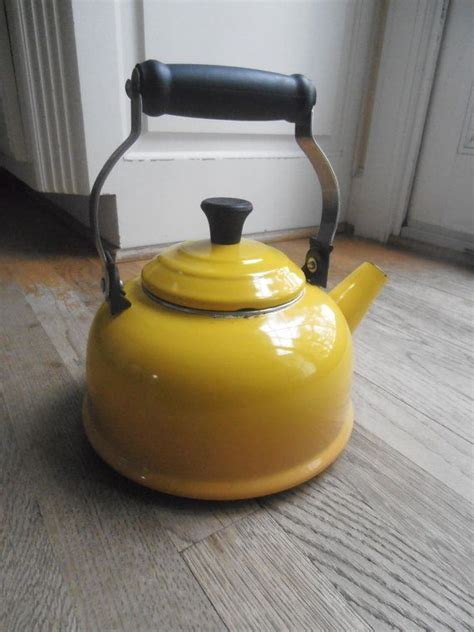 Vintage Le Creuset YELLOW Tea Pot tea kettle   Treat