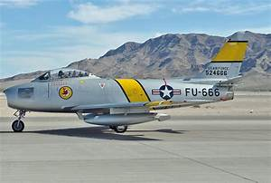 File:North American F-86F Sabre, Private JP7496360.jpg ...