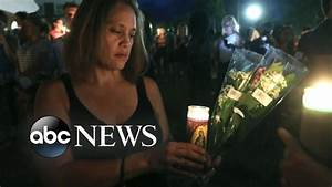 Candlelight vigil honors Charlottesville victims - YouTube