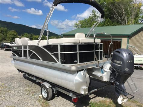 Bennington Pontoon Boat Dealers In Ny by Pontoon Boats For Sale In Ticonderoga New York