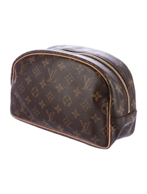louis vuitton monogram toiletry bag  bags lou