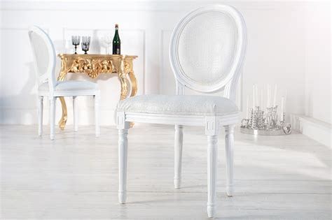 chaises baroques chaise baroque blanche style croco médaillon