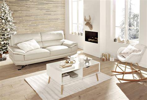 nettoyer canapé cuir blanc rendre lustre 224 un canap 233 blanc tr 232 s sale but