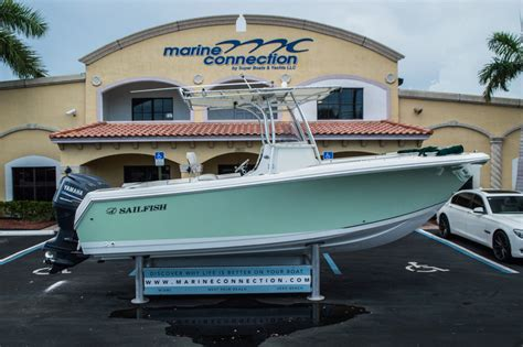 Sailfish Boats Gelcoat by Used 2006 Sailfish 2360 Cc Center Console Boat For Sale In