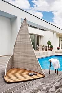 Douche Extérieure Pour Piscine : douche ext rieure piscine design syma mobilier jardin ~ Edinachiropracticcenter.com Idées de Décoration