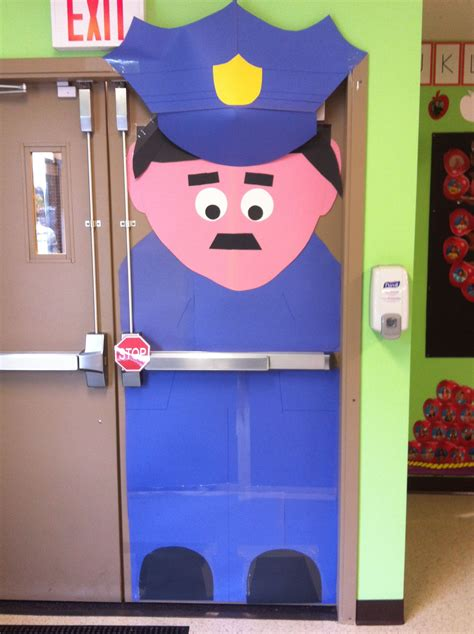i was looking for a door decoration for comm helpers 229   f0055fdcbab1eabeb22260238f76b813
