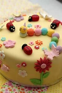 Image De Gateau D Anniversaire : faire une decoration de gateau d anniversaire ~ Melissatoandfro.com Idées de Décoration