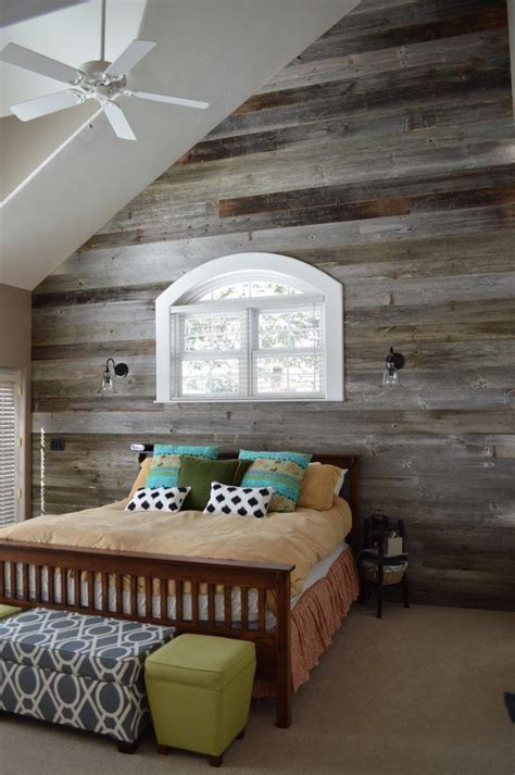 Bedroom Decorating Ideas For Wood by Reclaimed Wood Decorating Ideas Bedroom Rustic With Barn
