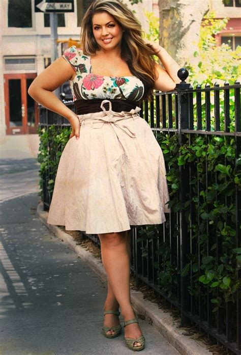 40 Plus Size Outfit Ideas For Curvy Women