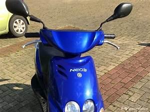Yamaha Neos Blauw
