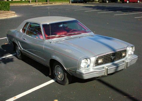 silver  ford mustang ii coupe mustangattitudecom