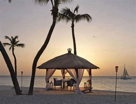 elements resturant aruba romantic restaurant beach