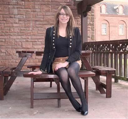 Emma Ballantyne Flickr Short Seat Legs Wig