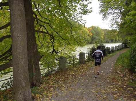 Englischer Garten Munich Wiki by File In The Englischer Garten Munich Germany