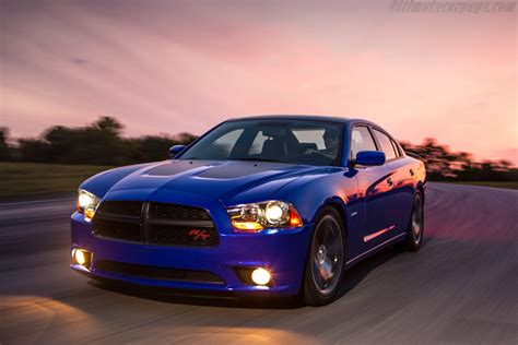 dodge charger rt daytona images specifications  information