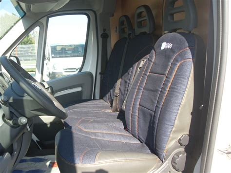 siege utilitaire occasion renault trafic ii 2 0 dci90 l1h1 1200 kg expression 71500km occasion mayenne 53