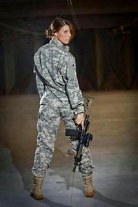 yes a woman in uniform!!!! sexiest thing a girl can wear ...