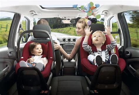conseil siege auto les sièges auto pour les enfants en voiture moniteur
