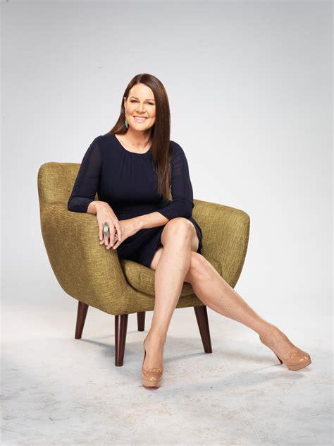 australian actress julia morris julia morris book corporate comedy master of ceremonies