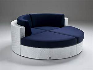 Sofa Runde Form : style roundup decorating with round sofas and couches ~ A.2002-acura-tl-radio.info Haus und Dekorationen