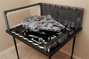 Star Wars Couchtisch : lego docking bay 327 for ucs falcon couchtisch krieg der sterne lego figuren und lego ~ Frokenaadalensverden.com Haus und Dekorationen