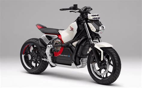 Honda Introduces 'riding Assist-e' Self-balancing Electric