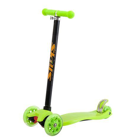 skills  wheels trehjulig sparkcykel groen hem lekiase