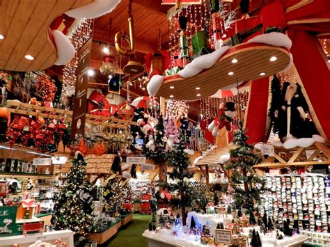 ideas  bronners christmas store  pinterest