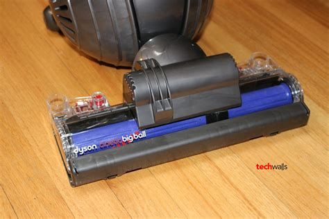 Dyson Multi Floor Vs Cinetic Animal by Dyson Cinetic Big Animal Vacuum Cleaner Review