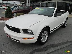 2007 Performance White Ford Mustang V6 Deluxe Convertible #70925904 Photo #9   GTCarLot.com ...