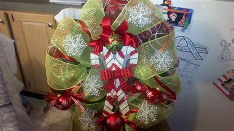 Pin By F F On Holidays Decor Ideas by Wreath Decorations Ideas