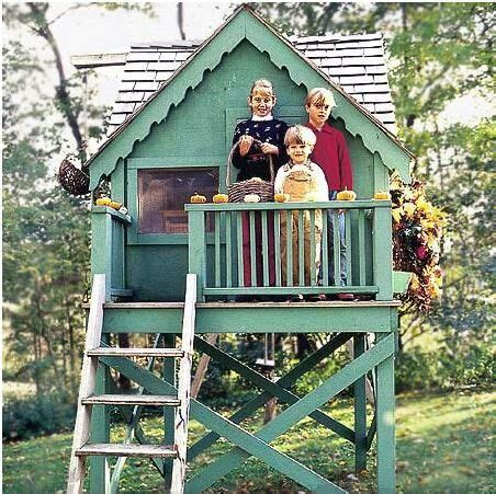 Backyard Clubhouse Plans by Outdoor Playhouse Fort Loft Green Painted Wood