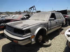 Junkyard Find  1986 Nissan Maxima Station Wagon