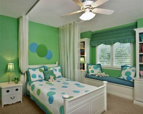 Kinderzimmer Grün Blau by Kinderzimmer Gr 252 N Wei 223 Blau Sitzbank Kinderzimmer