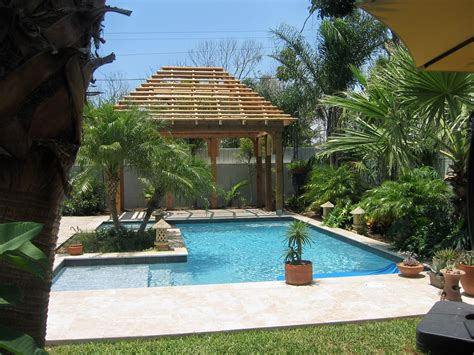 Custom Inground Pools & Spas