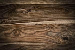 Parquet en palissandre bois format finition prix ooreka for Parquet en bois prix