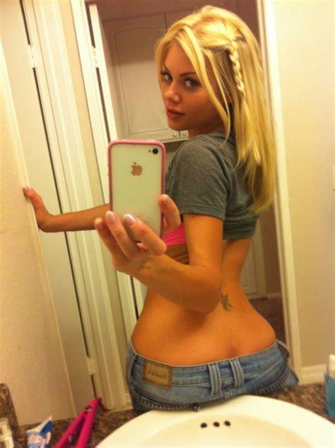 topless petite public toilet hot chicks in bathroom selfies