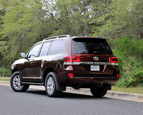 2018 toyota land cruiser test drive review