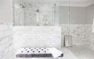 Revetement Douche Italienne : carrelage salle de bain marbre blanc en 24 belles images ~ Edinachiropracticcenter.com Idées de Décoration